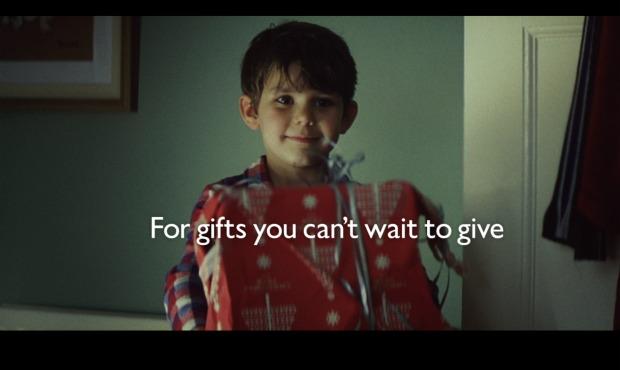 John Lewis Christmas Advert 2011 - Multimedia English